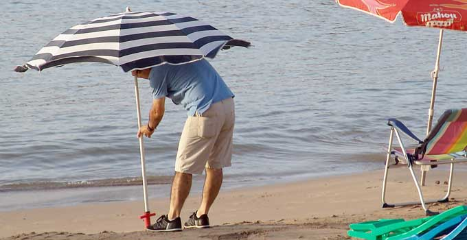 How to keep beach umbrella from Blowing away